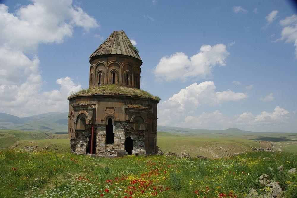 ani-ruined-churches-112